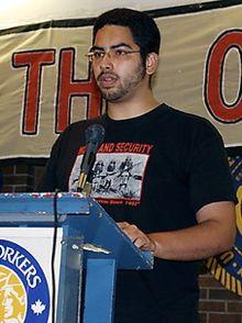 Hazem  Jamjoum, lors d'une conférence à Toronto.