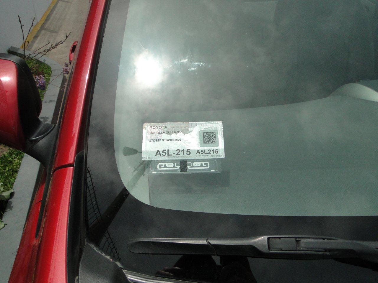Tercera placa una radiograf a vehicular por herbert for Donde venden vinilos para pared