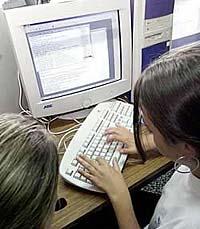Conocer chicos por internet