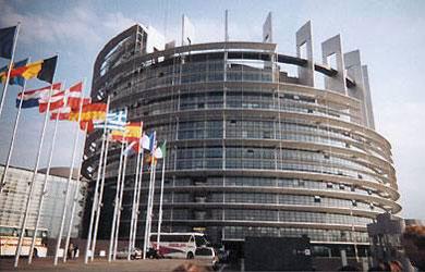 En europa los l deres pol ticos de una parte y la for Sede del parlamento