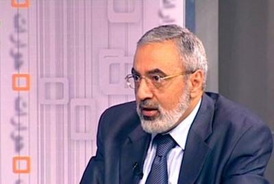 Intervention d'Omran al-Zou'bi, ministre de l'Information, après l'attentat qui a partiellement décapité l'Armée syrienne