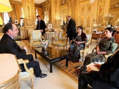 At the end of the Battle of Kobane, François Hollande changed sides and expressed his support for the Kurds by receiving a pro-US delegation from the YPG at the Elysée on February 8, 2015.